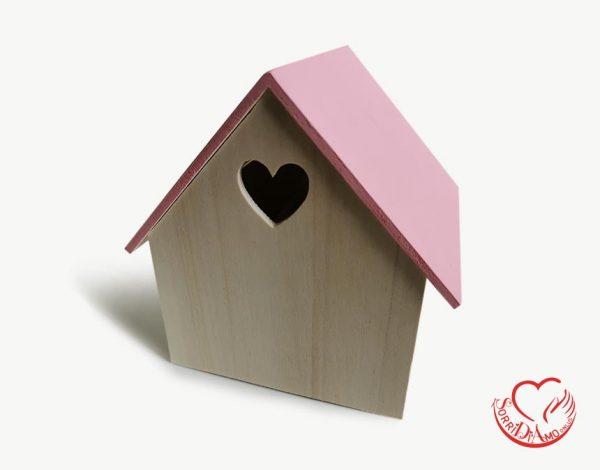 Casetta legno tetto rosa